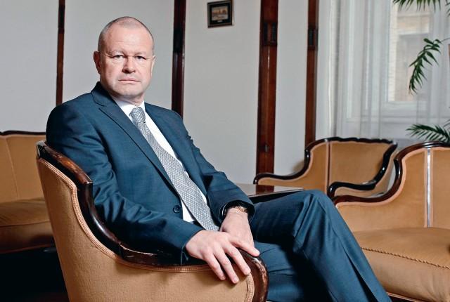 MEGVÁLTOZNAK A BANKOLÁSI SZOKÁSAINK - INTERJÚ GION GÁBORRAL